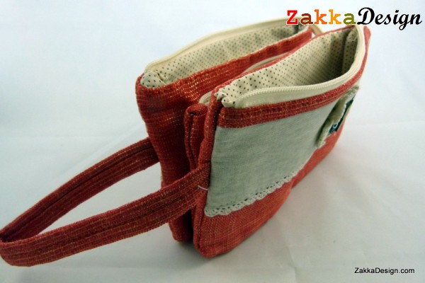 ZakkaDesign 3 in 1 Pockets Make-up accessories hand pouch bag with hand strap - Red